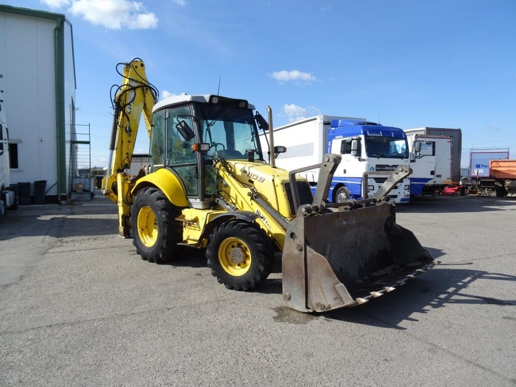 NEW HOLLAND LB110.B rendegraver