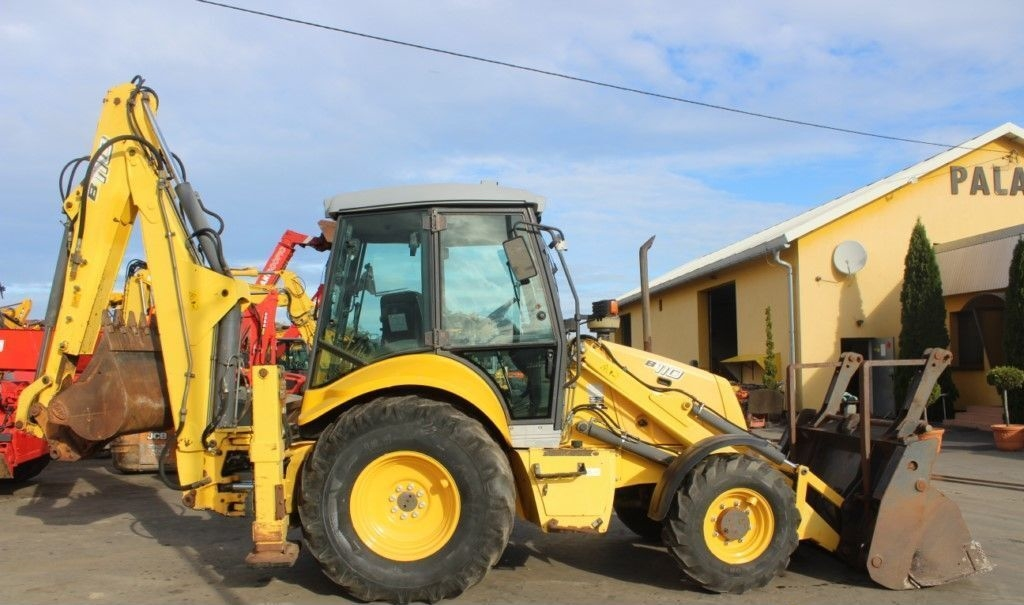 NEW HOLLAND B110 - 4PT rendegraver